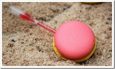 Chihuly Pink Lemonade Macaron