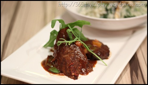 Cafe Epicurious - Braised Angus Beef Short Ribs