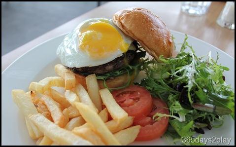 Prive - LA Wagyu Beef Burger