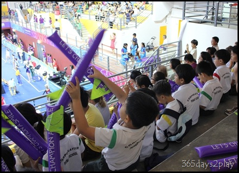 YOG Gym WQ1 - Students Cheering