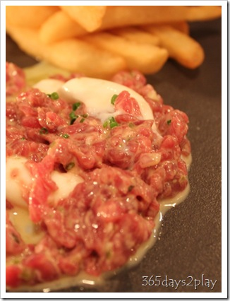 The Disgruntled Chef - Steak Tartare and soft quail egg (2)