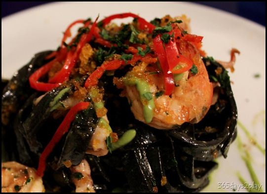 Cugini - Squid Ink Fettucine (2)