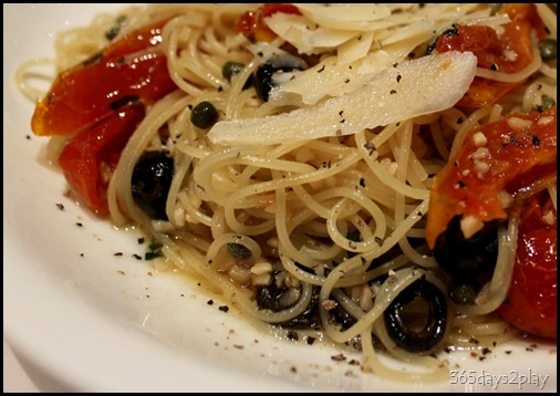 Double Bay -  Pasta Aglio Olio with Squid (2)