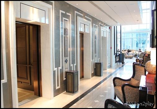 Fullerton Bay Hotel - Elevators