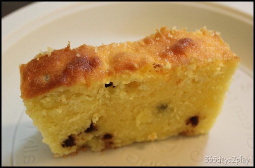 Orange and Chocolate Chip Cake