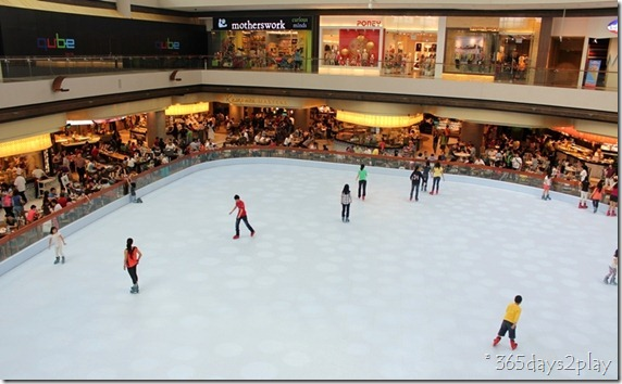 Marina Bay Sands Mall Skating Rink (2)